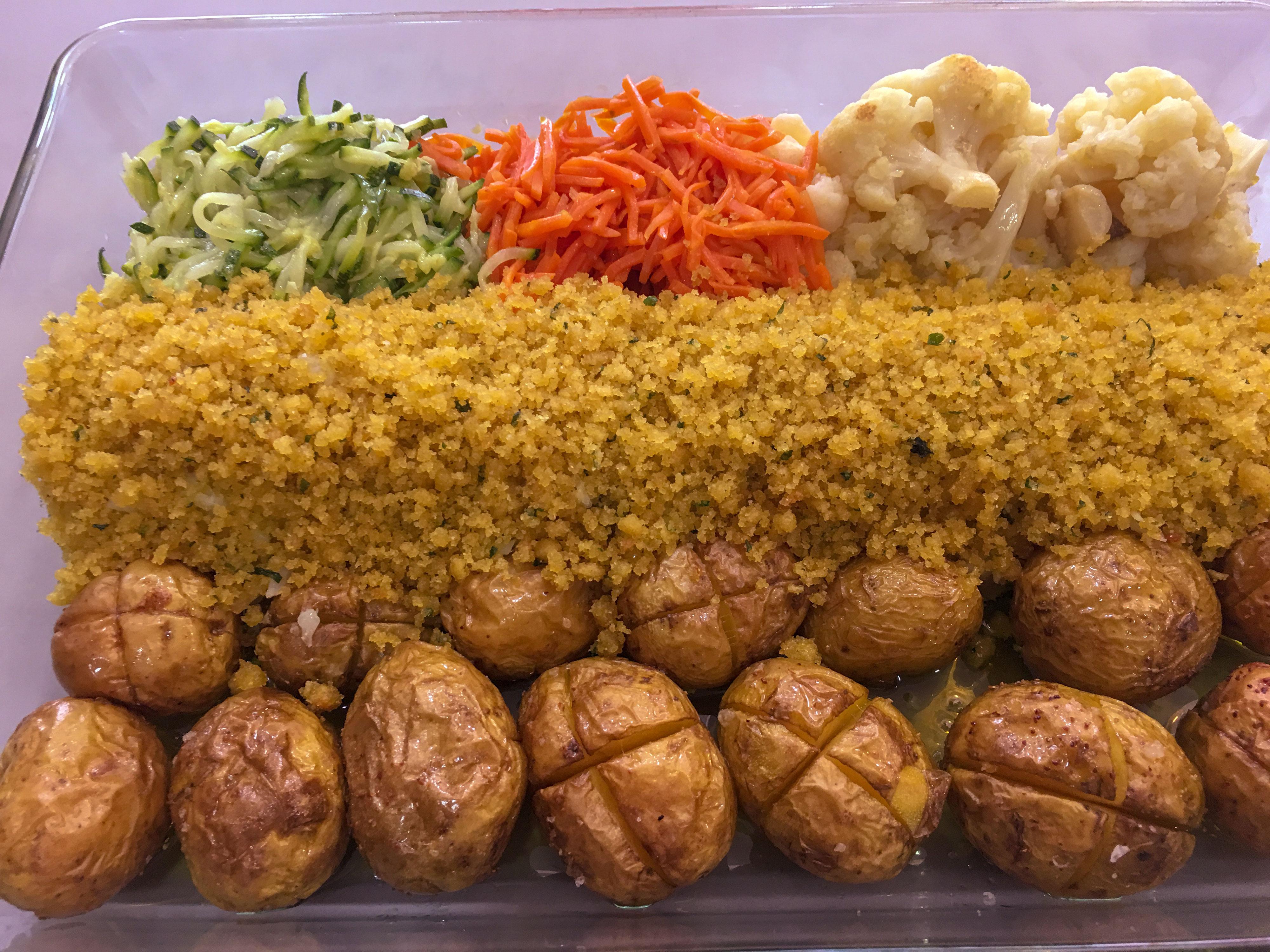 Bacalhau com Broa e Legumes Salteados